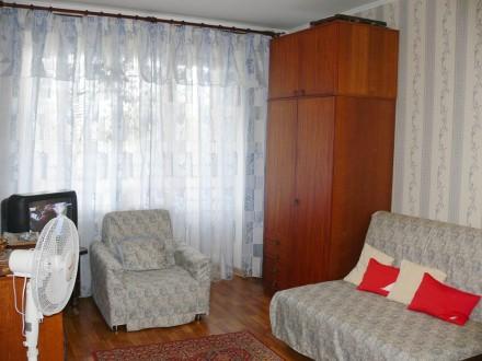 1-комн. квартира в самом центре (Красная площадь) посуточно, wi-fi. Чернигов. фото 1