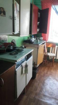Продам коммуналку на ХБК  -кирпичный дом  -12кв.м  -чистая кухня  -душ  -с ремон. ХБК, Херсон, Херсонская область. фото 8