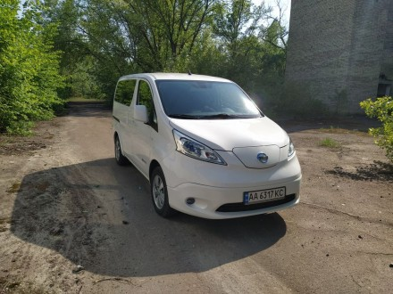 Продам электро минивэн Nissan e-nv200. Киев. фото 1