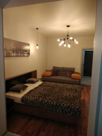 Продам шикарную квартиру с большой кухней, комнатой, гардеробной, двумя балконам. Ирпень, Ирпень, Киевская область. фото 5
