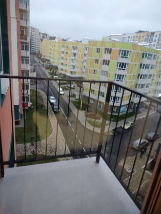 Продам шикарную квартиру с большой кухней, комнатой, гардеробной, двумя балконам. Ирпень, Ирпень, Киевская область. фото 9