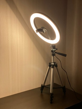 Кольцевая LED лампа 26 см +ПОДАРОК штатив на выбор (макс высота 210 см, макс выс. Киев, Киевская область. фото 3