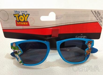Голубые солнечные очки от бренда Disney для мальчика. Красивые, в оригинальной . Измаил, Одесская область. фото 1