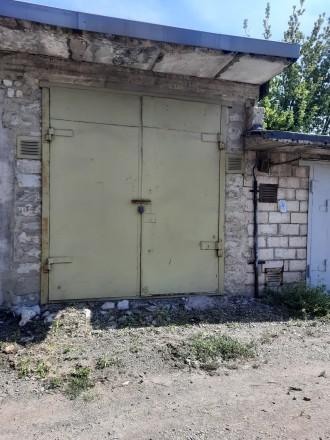 Двухуровневый высокий гараж,с высокими воротами 4×10,яма на весь гараж.. Жовтневый, Кривой Рог, Днепропетровская область. фото 3