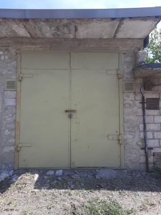 Двухуровневый высокий гараж,с высокими воротами 4×10,яма на весь гараж.. Жовтневый, Кривой Рог, Днепропетровская область. фото 2