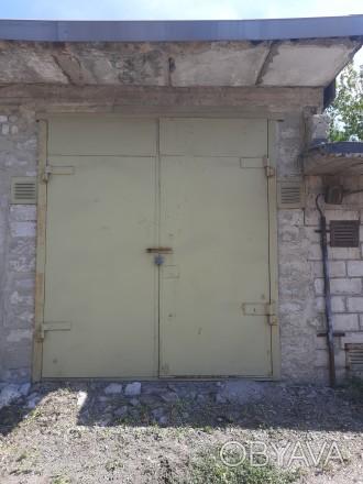 Двухуровневый высокий гараж,с высокими воротами 4×10,яма на весь гараж.. Жовтневый, Кривой Рог, Днепропетровская область. фото 1