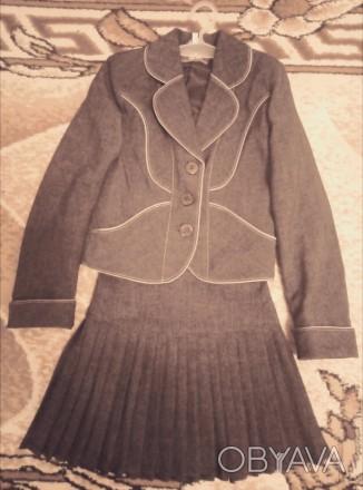 Форма для девочки 1 класса, рост около 110 см. Размер 28 , состояние хорошее.. Полтава, Полтавская область. фото 1