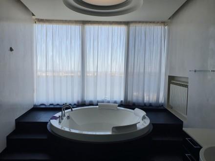 4 комнатная квартира Мост Сити с ремонтом Панорамный вид на Днепр.  Этаж - 18. Центр, Днепр, Днепропетровская область. фото 15