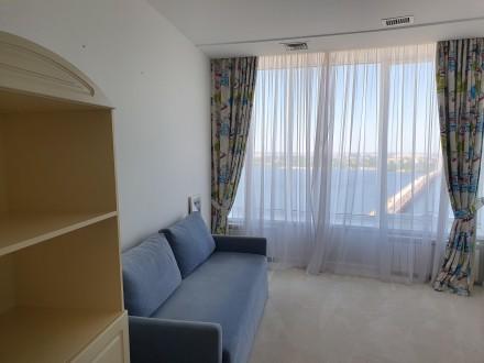 4 комнатная квартира Мост Сити с ремонтом Панорамный вид на Днепр.  Этаж - 18. Центр, Днепр, Днепропетровская область. фото 9