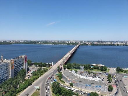4 комнатная квартира Мост Сити с ремонтом Панорамный вид на Днепр.  Этаж - 18. Центр, Днепр, Днепропетровская область. фото 3
