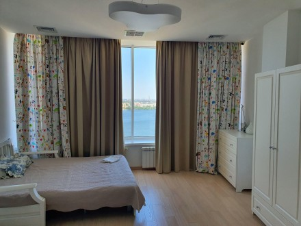 4 комнатная квартира Мост Сити с ремонтом Панорамный вид на Днепр.  Этаж - 18. Центр, Днепр, Днепропетровская область. фото 12
