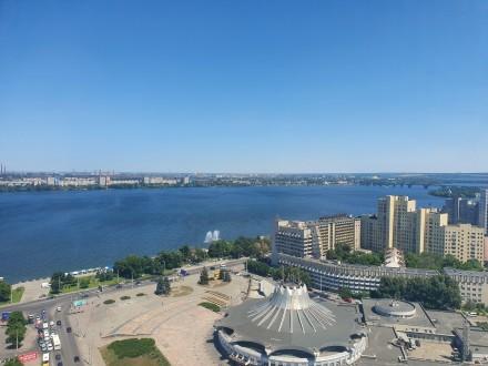 4 комнатная квартира Мост Сити с ремонтом Панорамный вид на Днепр.  Этаж - 18. Центр, Днепр, Днепропетровская область. фото 2