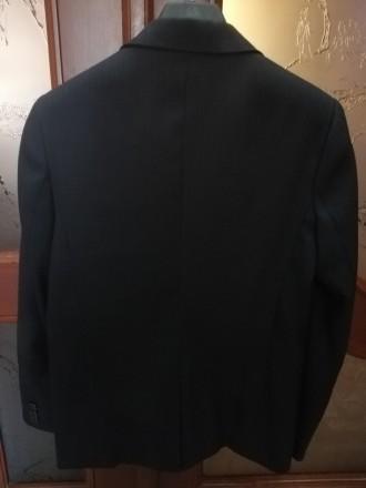 Пиджак для школы из костюмной ткани, хорошее состояние, цвет темно-серый, на рос. Дружковка, Донецкая область. фото 3