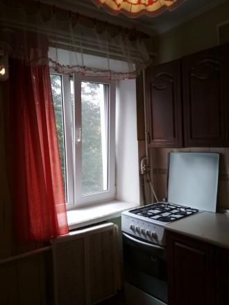 Продам квартиру 2х ком квартиру районе Площади(ул.Гончая) 4 этаж 4х этажного ки. Чернигов, Черниговская область. фото 9