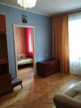 Продам квартиру 2х ком квартиру районе Площади(ул.Гончая) 4 этаж 4х этажного ки. Чернигов, Черниговская область. фото 2