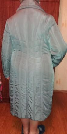 Продам добротное женское демисезонное (но довольно таки теплое) пальто (внутри п. Чернигов, Черниговская область. фото 7