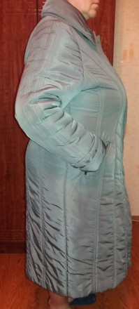 Продам добротное женское демисезонное (но довольно таки теплое) пальто (внутри п. Чернигов, Черниговская область. фото 6