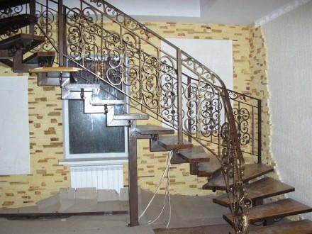 Изготовляем лестницы, перила, садовая мебель, решетки на окна, навесы и многое д. Днепр, Днепропетровская область. фото 3