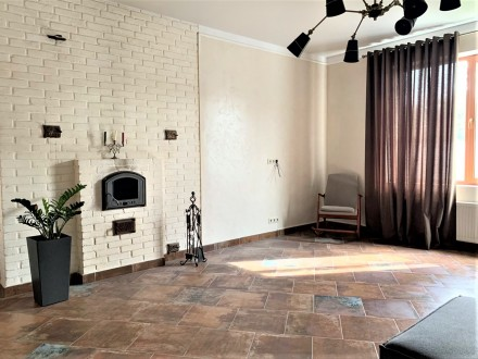 Продам 2-х этажный современный новый дом,240 кв.м.,расположенный на 5-ти сотках . Черноморка, Одесса, Одесская область. фото 4