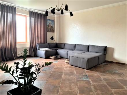 Продам 2-х этажный современный новый дом,240 кв.м.,расположенный на 5-ти сотках . Черноморка, Одесса, Одесская область. фото 6