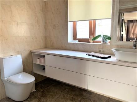Продам 2-х этажный современный новый дом,240 кв.м.,расположенный на 5-ти сотках . Черноморка, Одесса, Одесская область. фото 13