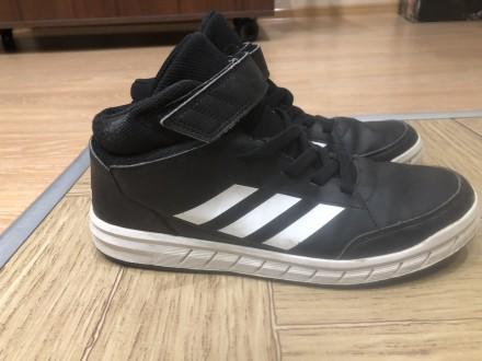 продам ботинки adidas,евро зима,состояние 4 из 5,мягкие удобные.. Умань, Черкасская область. фото 3
