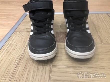 продам ботинки adidas,евро зима,состояние 4 из 5,мягкие удобные.. Умань, Черкасская область. фото 1