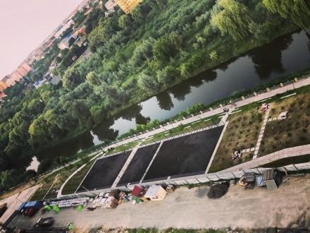 Продам простору двосторонню 2-во к.квартиру з неймовірним краєвидом на річку Сти. Луцк, Волынская область. фото 3