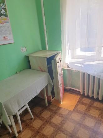Квартира в хорошому житловому стані, меблі, холодильник, пральна машина, колонка. Центр, Тернопіль, Тернопільська область. фото 3