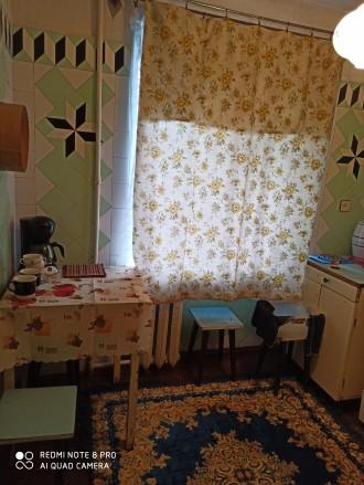 Сдам 2кв. Б. Хмельницкого 3/5 мебель,быт.тех.,т/ван разд. Квартира чистая, жилая. Молдаванка, Одесса, Одесская область. фото 2