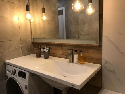 Ми виготовляємо стільниці і умивальники в ванну кімнату зі штучного каменю під з. Ровно, Ровненская область. фото 5