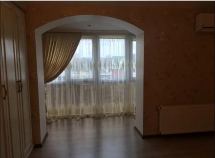 Продаю сучасну 2 кім. квартиру в новобудові. Зроблений дизайнерський ремонт, зал. Луцьк, Волинська область. фото 4