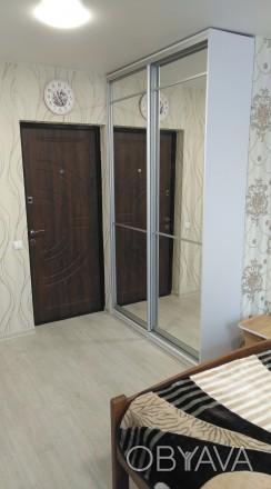 Комната с ремонтом и мебелью