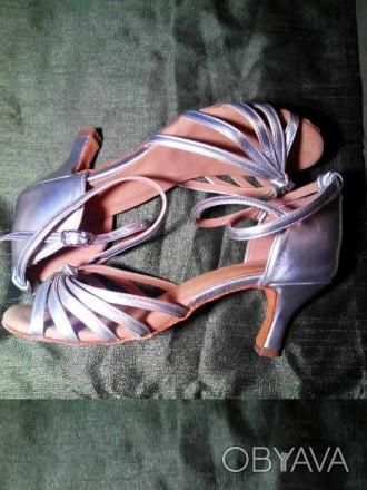 Туфли для бальных танцев размер 37 - 37,5 стелька 24,7 см серебряные