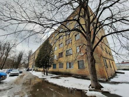 Продам комнату в общежитии район КСК ул.Ушинского  - 2-й этаж 5-ти этажного ки. КСК, Чернигов, Черниговская область. фото 9