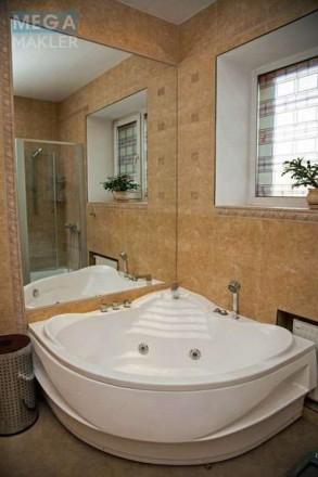 Продам по-домашнему уютную 3х комн квартиру 150 кВ м в кирпичном доме 2007 года . Днепр, Днепропетровская область. фото 7
