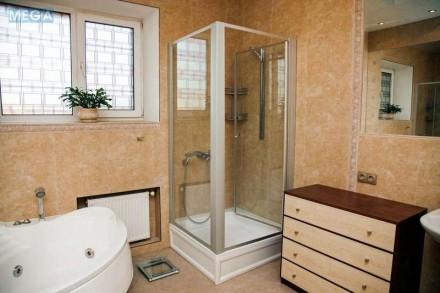 Продам по-домашнему уютную 3х комн квартиру 150 кВ м в кирпичном доме 2007 года . Днепр, Днепропетровская область. фото 9