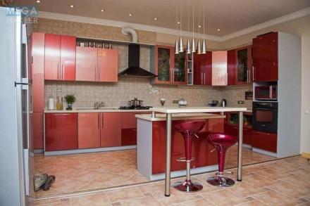 Продам по-домашнему уютную 3х комн квартиру 150 кВ м в кирпичном доме 2007 года . Днепр, Днепропетровская область. фото 13