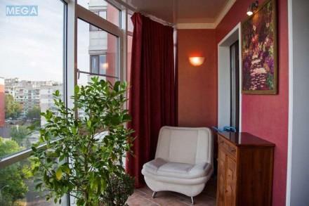 Продам по-домашнему уютную 3х комн квартиру 150 кВ м в кирпичном доме 2007 года . Днепр, Днепропетровская область. фото 3