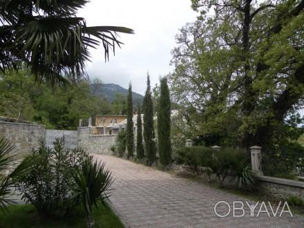 Продаётся элитный дом в Массандре (район Ялты) площадью 680м2. Дом после полной . Массандра, Ялта, Крым. фото 1