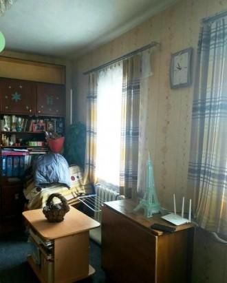 ...Часть дома общей площадью 71 м2, кухня 9м2, участок  правильной прямоугольной. Молокозавод, Чернигов, Черниговская область. фото 7