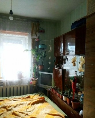 ...Часть дома общей площадью 71 м2, кухня 9м2, участок  правильной прямоугольной. Молокозавод, Чернигов, Черниговская область. фото 9
