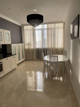 Продается стильная 1 комнатная квартира в ЖК «Изумрудный» на ул.Гене. Соломенка, Киев, Киевская область. фото 4