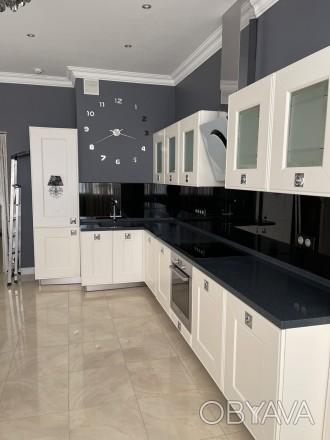 Продается стильная 1 комнатная квартира в ЖК «Изумрудный» на ул.Гене. Соломенка, Киев, Киевская область. фото 1