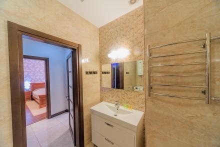 Просторная 1-комнатная квартира, выполнена в современном стиле и расположена на . Малый Фонтан, Одесса, Одесская область. фото 9