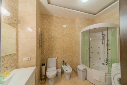 Просторная 1-комнатная квартира, выполнена в современном стиле и расположена на . Малый Фонтан, Одесса, Одесская область. фото 10