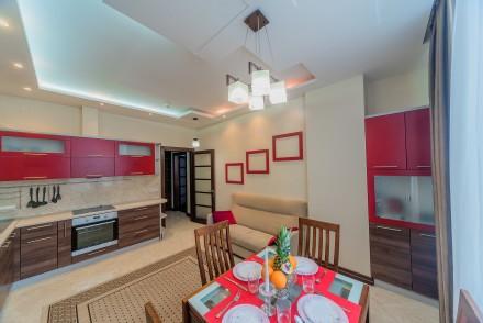Просторная 1-комнатная квартира, выполнена в современном стиле и расположена на . Малый Фонтан, Одесса, Одесская область. фото 7