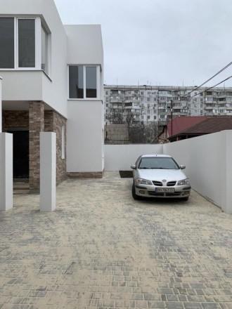 В продаже новый современный дом в частном секторе тихого спального района.В пеше. Киевский, Одесса, Одесская область. фото 6