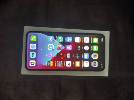 Продаю iPhone XS Max 64GB Neverlock в отличном состоянии.  В комплекте: зарядно. Киев, Киевская область. фото 5
