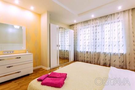 Светлая студия выполнена в современном стиле и расположена на 8 этаже 23-этажног. Приморский, Одесса, Одесская область. фото 1
